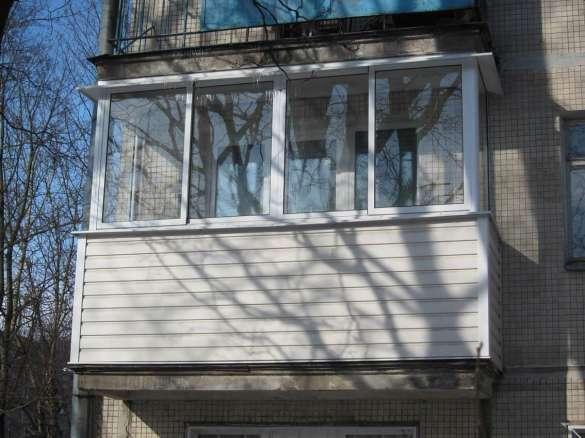 Балкон в хрущовці